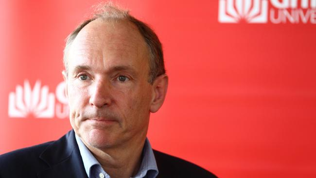 29d47ba791a85fd2bcc29394f429b2b4width650 - Internet inventor Sir Tim Berners-Lee issues grim 'fake news' warning