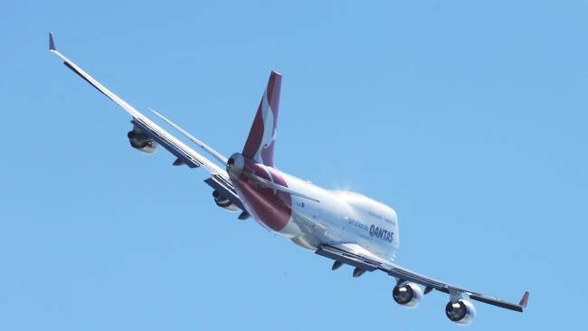 7999efeae5c3c0ad02a37790955a5cf1width650 - Qantas delays in-flight Wi-Fi