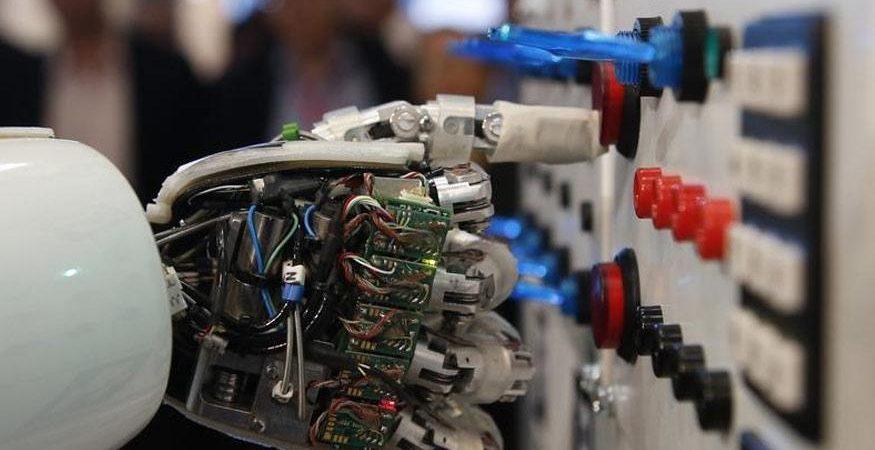 AI Robot 875x450 - China-Made Wearable Robot to Enter Market