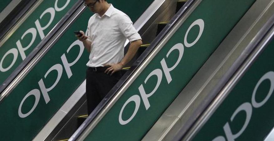 Oppo 1 875x450 - Oppo India Fires Chinese Employee Who Tore Indian National Flag