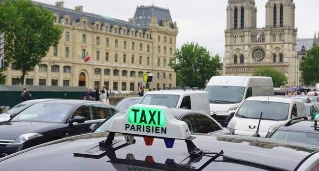 france taxi1.jpgx648y348crop1 - Look! Up in the sky! Is it a drone? Is it a car? It's both, crossed with Uber