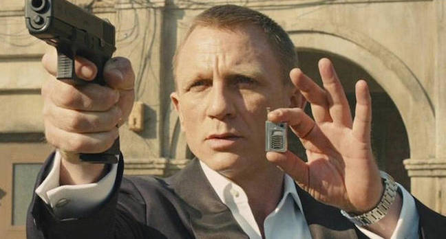 james bond gun gadget.jpgx648y348crop1 - Is that a phone in your hand – or a gun? This neural network reckons it has it all figured out