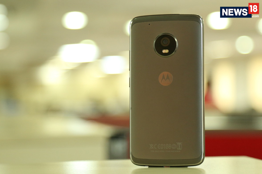 moto g5 plus 1 2 1 - Moto G5 Plus First Impression Review: With Google Assistant, is it The Budget Pixel Phone?