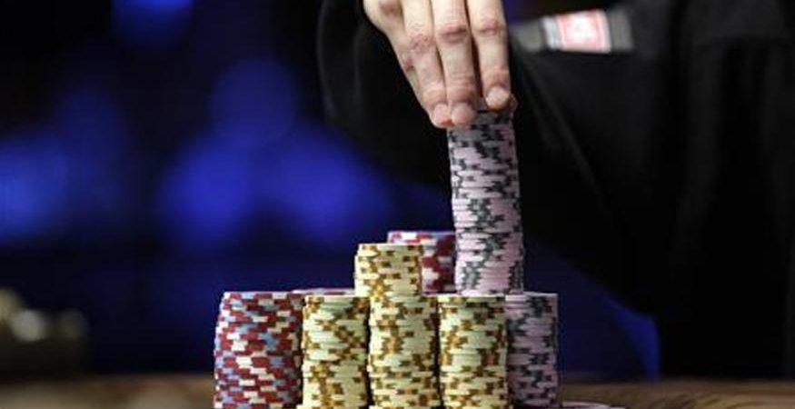 poker 875x450 - Scientists Develop Artificial Intelligence that Can Beat Expert Poker Players