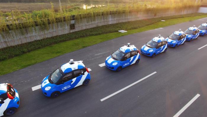 79192 carfleet2 100718754 large 1 - Baidu will share autonomous vehicle technology