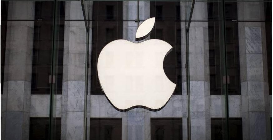 Apple 14 875x450 - Apple hires man who 3D printed his brain tumour