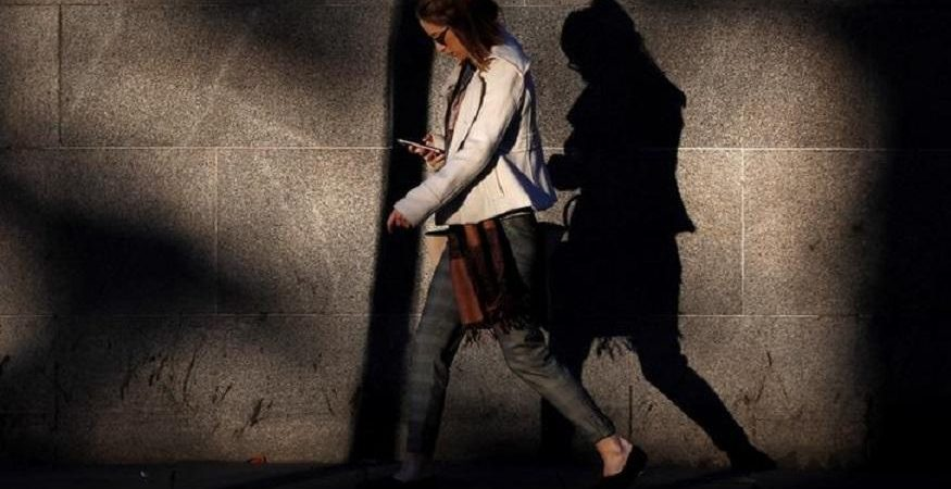 Smartphone Depression 875x450 - Now Smartphone Apps Help Users Fight Depression