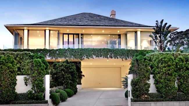ae3c63939218b7f359a4faa384695987 - Melbourne a magnet for wealthy as homes sell like hot cakes