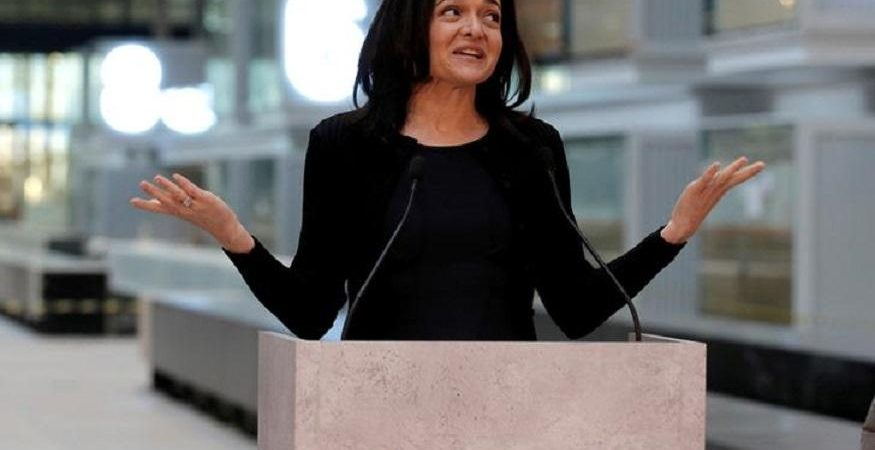 Faceboo COO Sheryl Sandberg 875x450 - Facebook CFO Urges Government to Help Working Mothers