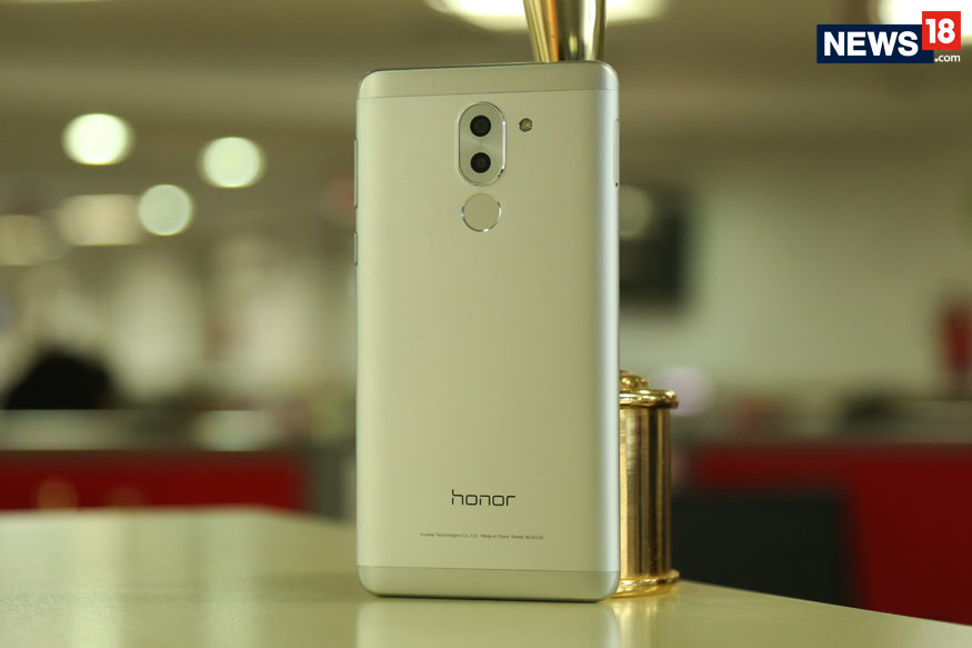 Honor 6x 6 1 - Xiaomi Redmi Note 4 Vs Honor 6X: Which One is Better?