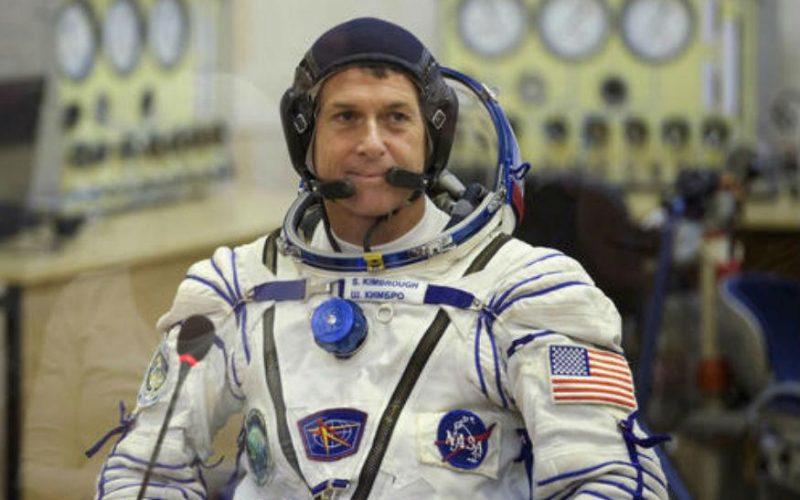 NASA ASTRO1 800x500 - NASA May Run Short of Space Suits: Report