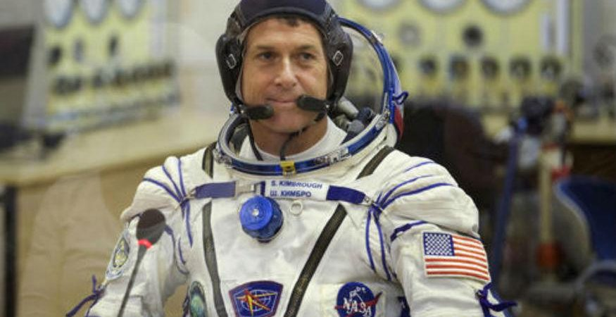 NASA ASTRO1 875x450 - NASA May Run Short of Space Suits: Report