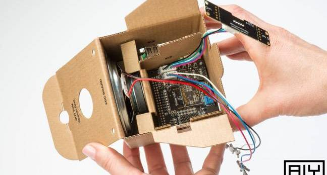 google aiy - First cardboard goggles, now this: Google's cardboard 'DIY AI' box powered by an RPi 3