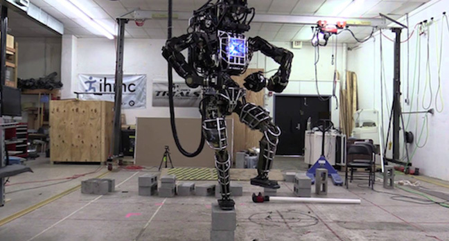 ianatlas robot 648 - Amazing new boffinry breakthrough: Robots are eating our brains