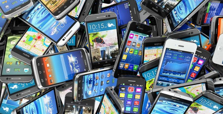 second hand used smartphones e1493802489686 875x450 - Global Smartphone Shipment Grow 11%: Report