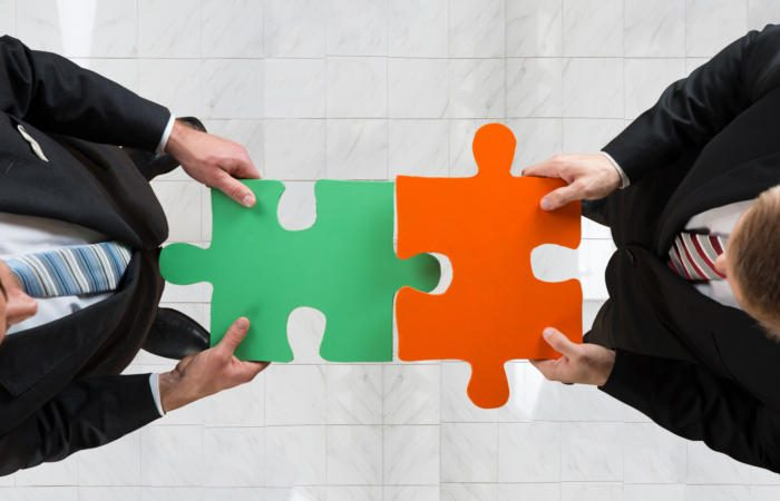 thinkstockphotos 622278212 100713224 large 700x450 - 7 effective strategies executives use to pick a technology partner