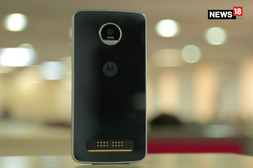 Motorola Moto, Moto Z Play, Moto Z Play Review, Moto Z Play full review, Moto Z Play flipkart, Moto Z Play specs, Moto Z Play price, Moto Z Play Moto Mods, smartphones, technology news