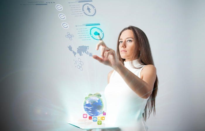 augmented reality ar virtual reality vr enterprise mobile virtual display thinkstock 508129888 3x2 100746887 large 700x450 - Advances in augmented reality will require closer bond between CIOs and CMOs
