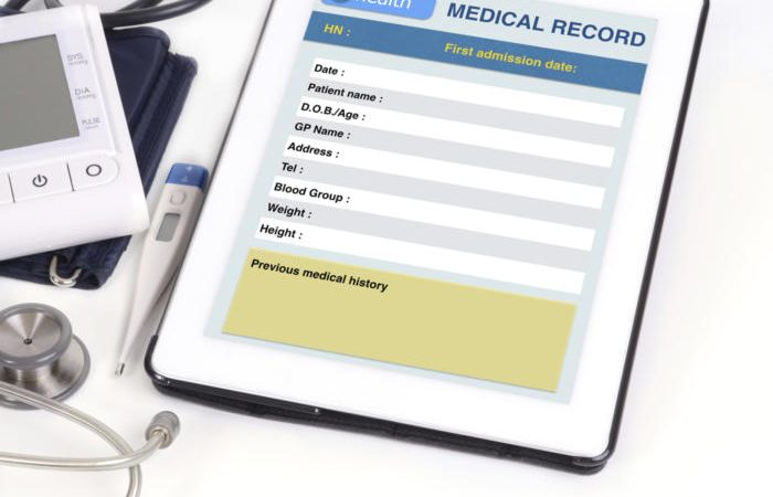 ehr ts 100592885 orig 100703362 large 700x450 - Apple and the democratization of patient health records