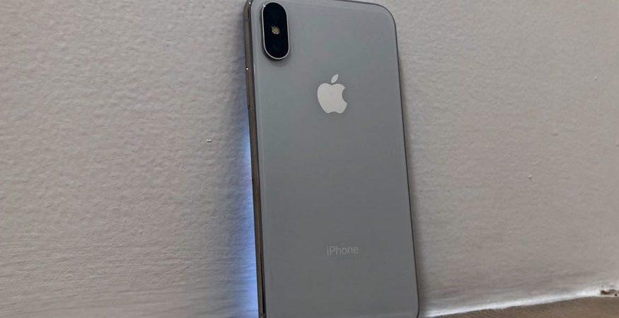 Apple iPhone X 1 2 875x450 - US Tells India to Cut Tariffs as Trade Friction Heats up