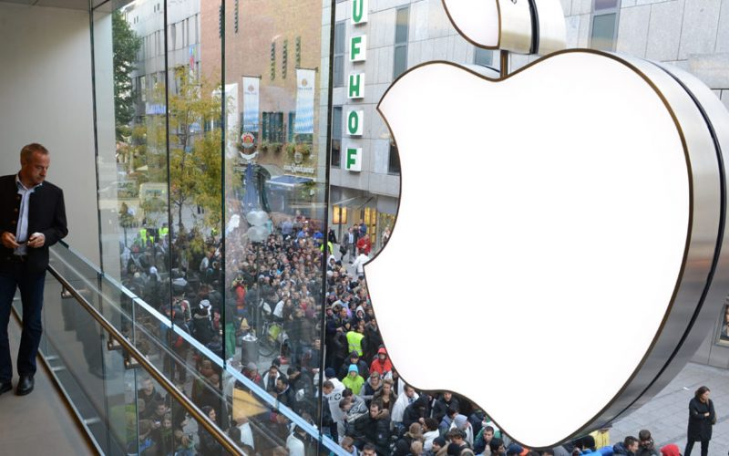 Apple tops the Best Global Brands report for 2016 800x500 - Apple is in Talks to Buy Cobalt Directly From Mines For iPhones