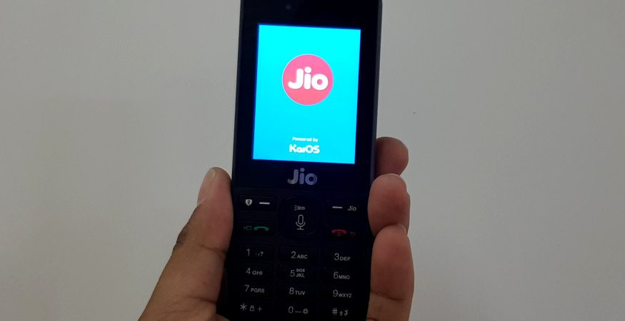 JioPhone review and features 1 875x450 - Reliance JioPhone Tops Feature Phone Market Globally With 15% Share: Report