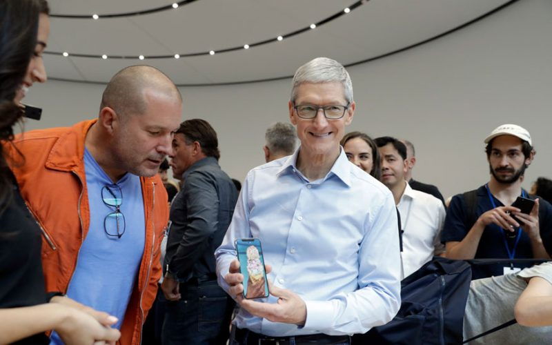 Apple CEO Tim Cook 800x500 - Tim Cook Reveals How Apple Takes Care of Its Employees With This One Simple Health Tip